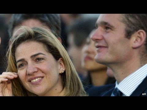 Spain Princess Cristina loses title amid fraud inquiry