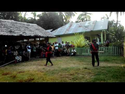 Tarian Adat Cakalele di tanah Bupolo..