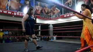 KAVITA accepted the open challenge of BB Bull Bull.