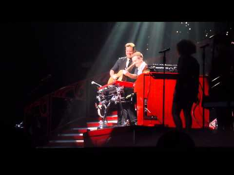 RED Tour Nashville: David Cook and Mike Meadows' prelude to Treacherous (2013-09-20)