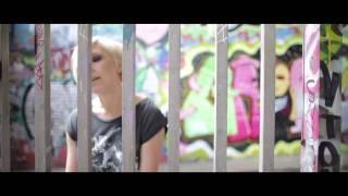 Watch Julie Thompson Shine video