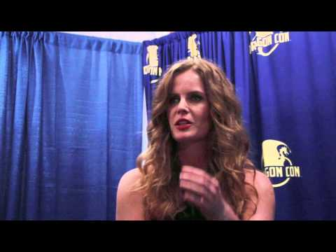 Rebecca Mader Talks 'once Upon A Time' At Dragon Con 2014 (exclusive Interview) video
