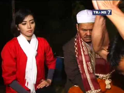 Dua Dunia Eps. Jumat, 3 Januari 2014 Makam Keramat Walahir Full video