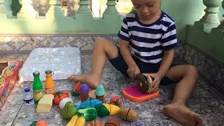 Cutting Fruit and Vegetables Play Food Pretend Playset For Children