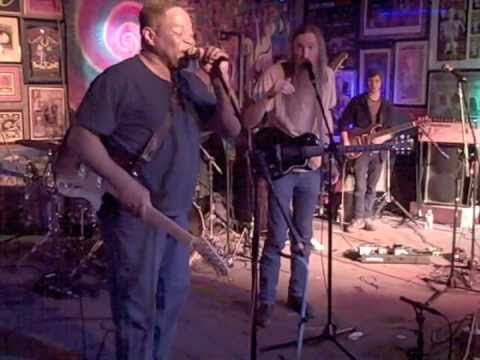 Jaik Willis w/ Melvin Seals&Ray White at Quixote's in Denver 2-11-11