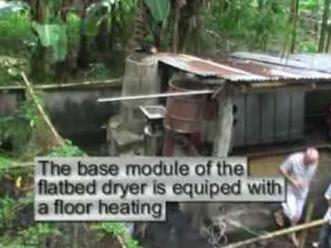 Flatbed dryer for grains and vegetables with integrated biochar retort