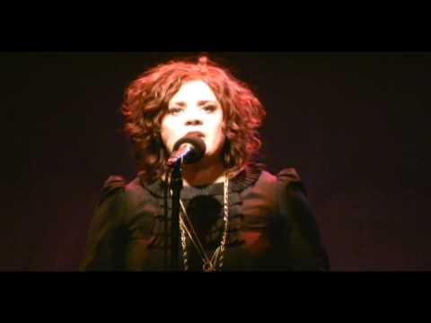 Bridie Carroll singing Expectations of a Man (Written by: Jonathan Reid Gealt)