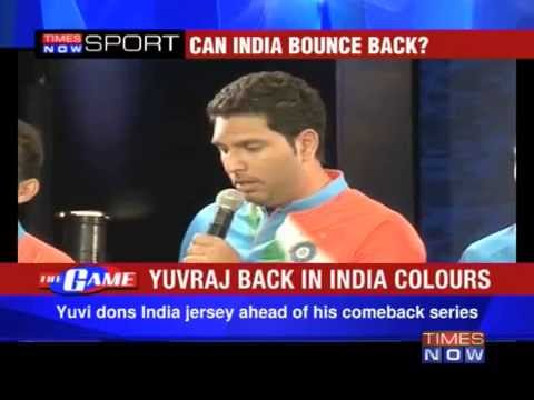 Mahendra Singh Dhoni unveils India's T20 jersey