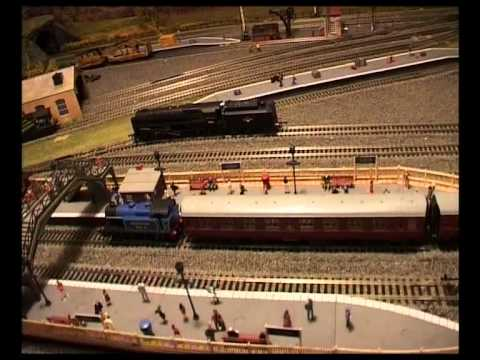 Magazine 1 - Your Model Railway Village - Sad review