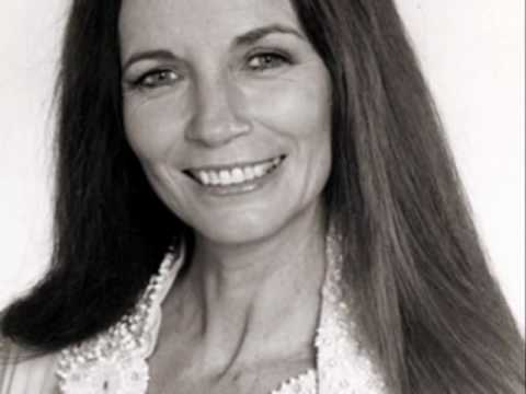 June Carter Cash - Times A Wastin