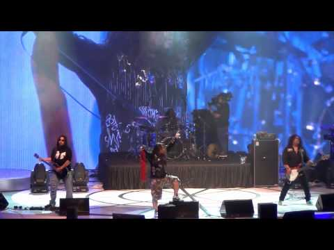 Hukum Karma (hd) - Wings Live In Singapore (suntec) 2011 video