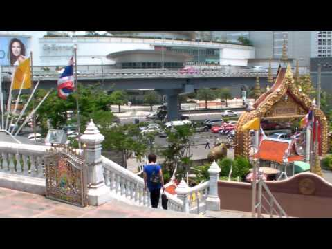 Lub d Bangkok Hostel – Tour of Silom