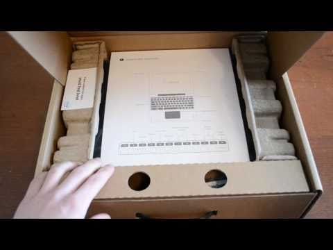 Google Cr-48 Chrome OS Notebook Unboxing