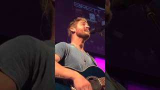 Download Lagu Mercy by Brett Young Gratis STAFABAND