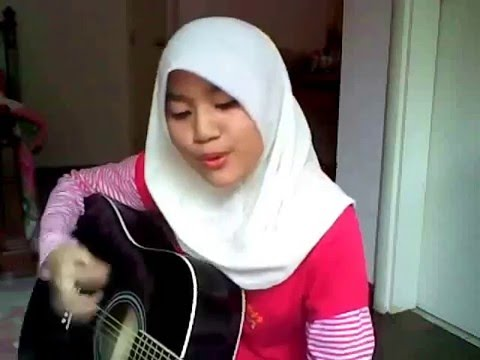 Zombie - The Cranberries (ainan Tasneem Cover) video