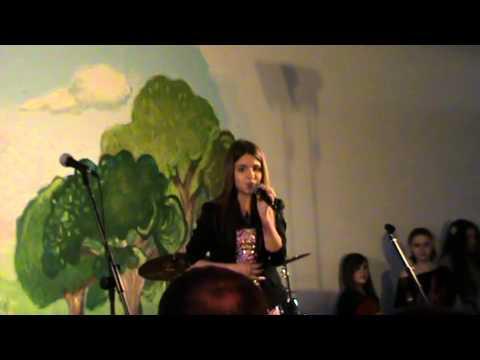 Andjela Tasic  -    Rjabinuska   - video