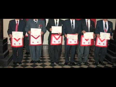 "MASONERIA : OFERTA DE EMPLEO.  Se requieren 7 Maestros Masones ""vocacionados""."