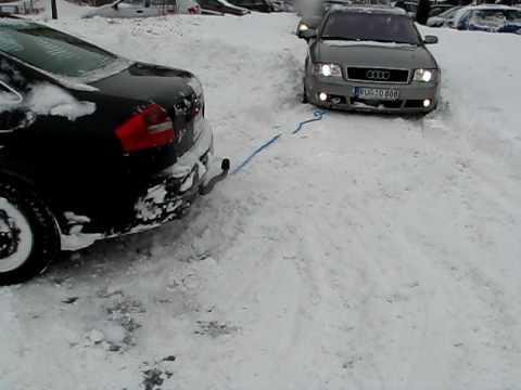 Засели в снегу