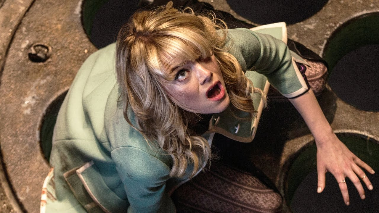 """Emma Stone Teases """"Gwen Stacy"""" Spiderman Future - YouTube"""
