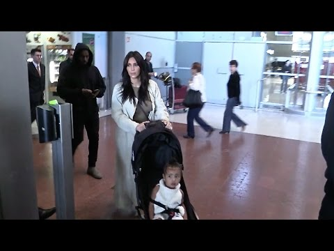 EXCLUSIVE - Kim Kardashian, Kanye West and baby North bring back the cousins to Paris after Armenia