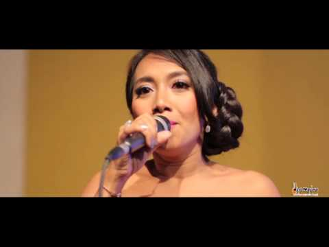 download lagu Love Me Like You Do Cover By Djampiro Live gratis