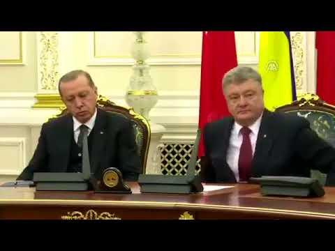 Не буди лихо: Эрдоган спал и зевал на встрече с Порошенко