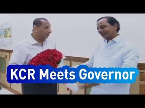 Telangana Chief Minister K Chandrasekhar Rao meets Governor - Express TV