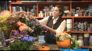 Arreglo floral con una calabaza paso a paso
