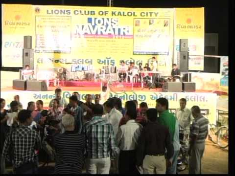 Vikram Thakor Mamta Soni - Gujarati Garba Songs Live 2012 - Day10 - Part 3 video