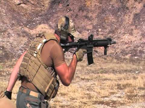 Falcon Security PSD Instructor Fires FERFRANS Piston SOAR AR SBR One-Handed Full-Auto on Steel
