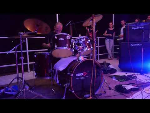CEO & Founder of Netpeak Software Алекс Вайс «жарит» на барабанах
