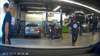 Volkswagen Dealer caught on dashcam