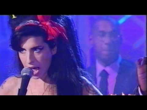Amy Winehouse - Back To Black - Live On Italian Tv - 04-11-2007.avi Music Videos