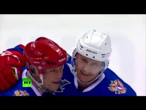 Владимир Путин забросил шайбу в гала-матче Ночной хоккейной лиги в Сочи