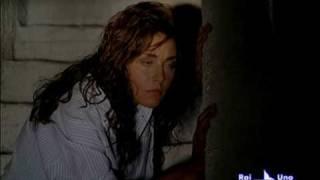 Miriam Candurro - Capri 2 - 1a puntata