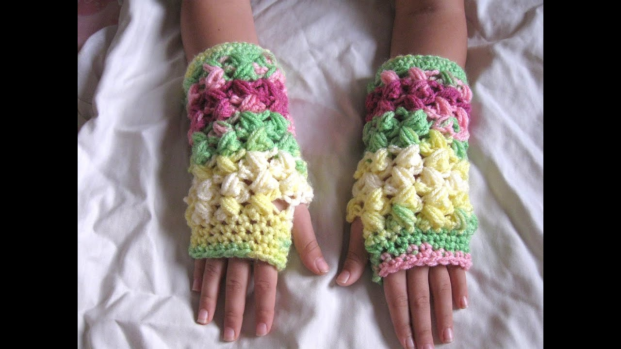 Crochet Tutorial Zigzag : Zig Zag Puff Stitch Finger less Gloves - Crochet Tutorial - YouTube