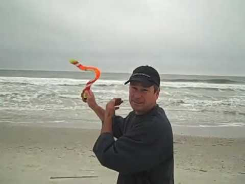Boomerang Throwing On The Beach... Tips By The U.s. Team Coa video