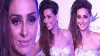 Shibani Dandekar In Silver Dress looks Picture Perfect!!!