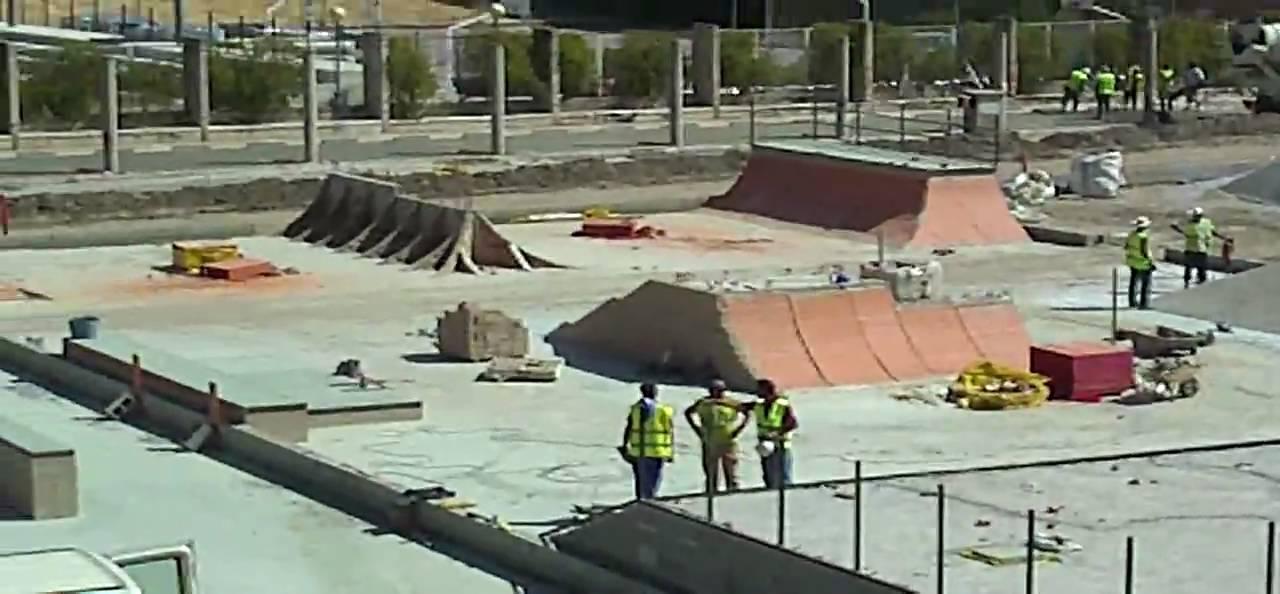 Nuevo skate park granada bola de oro youtube for Piscina cubierta bola de oro granada