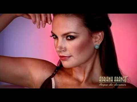 Juliana Galvis_ Campaña de Marca Adriana Arango