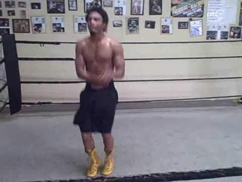 Boxing Conditioning Workout-Jump Rope Interval Training. Image 1