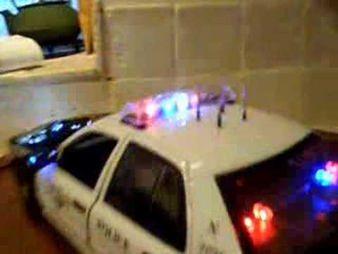 1/18 Fort Worth TX Police with lights and Siren P71 Intercep Video