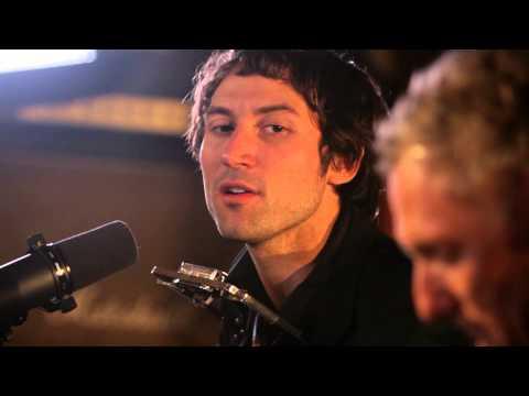 Matt Costa - Ophelia (Live @ Guitar Center)