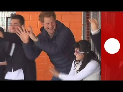 Prince Harry gets into rhythm with kids in Santiago, Chile
