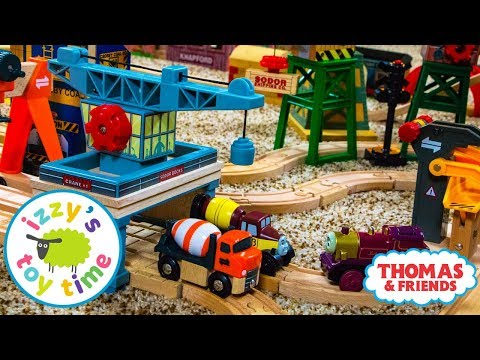 Toys for Kids | Thomas and Friends Rolling Gantry Crane | Fun Toy Trains for Children