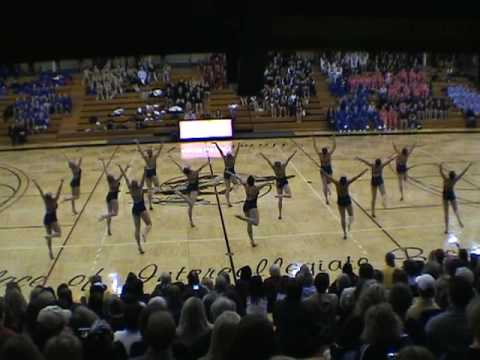 The University of Minnesota Dance Team took the national championship with this Jazz routine Division D1A in Orlando FL 2010.