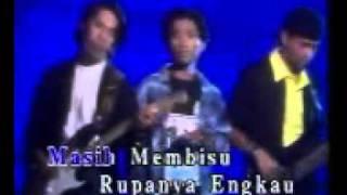 download lagu Air Mata Di Hari Persandingan gratis