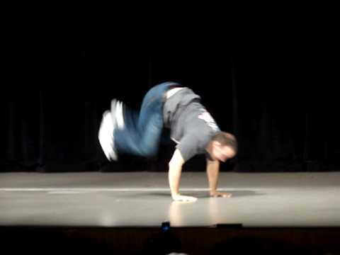 Judson Laipply - The (Updated!) Evolution of Dance at Western Michigan University