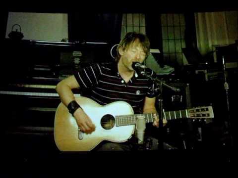 Thom Yorke -Radiohead- Reckoner at The Age Of STuPid premiere 2009-09-21