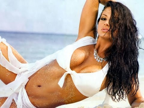 Candice Michelle Hot And Sexy video